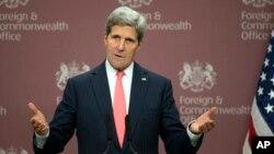 El secretario de Estado, John Kerry, dice que en algunos casos, el espionaje de Estados Unidos fue demasiado lejos.