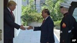 Tuyên bố chung của Việt Nam và Mỹ nhân chuyến thăm lẫn nhau của quan chức hai nước có nhắc tới vấn đề Bắc Hàn.