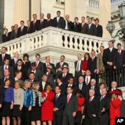 新议员集体照