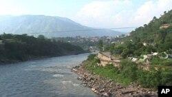 ۱۳۰ تن در کشمیر هند هلاک شدند