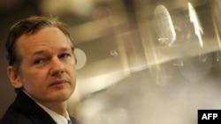 Sáng lập viên trang web WikiLeaks Julian Assange