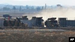 Турецкие войска на турецко-сирийской границе