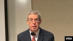 前美国国务院台湾政策办公室主任葛天豪2020年3月4日参加华盛顿美中关系座谈会(美国之音锺辰芳拍摄)