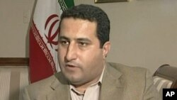 APTN viideo still shows Iranian scientist Shahram Amiri during interview, 13 July 2010