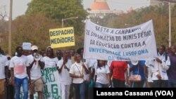 Manifestação de estudantes da Universidade Lusófona da Guiné-Bissau(Arquivo)