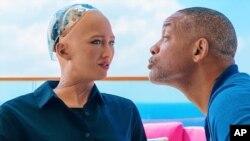 """""""მე, რობოტი""""-ის მთავარმა გმირმა რობოტი ვერ მოხიბლა"""