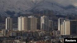 ساختمان های مسکونی در شمال غرب تهران.