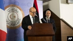 French Minister of Foreign Affairs Jean-Yves Le Drian with the Libyan Minister of Foreign Affairs Mohammed Siala during a press conference at the Prime Minister Building, Tripoli, Libya, Sept. 4, 2017.