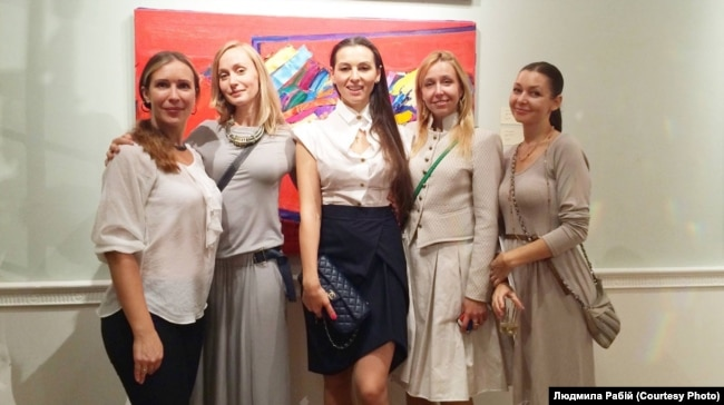 Відкриття виставки робіт Ганни Криволап в Українському інституті Америки, 2015 р.
