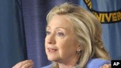 استقبال کلنتن از صرف نظر حامد کرزی برای کاندید شدن در دور سوم انتخابات