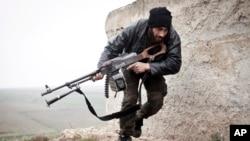 Rebelde sírio, Azaz, 2012.