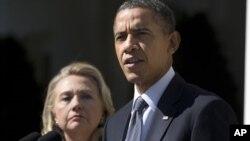 Serokê Amerîka Barack Obama û Wezîra Derve Hillary Clinton li Bexça Gulan ya Qesra Sipî ne