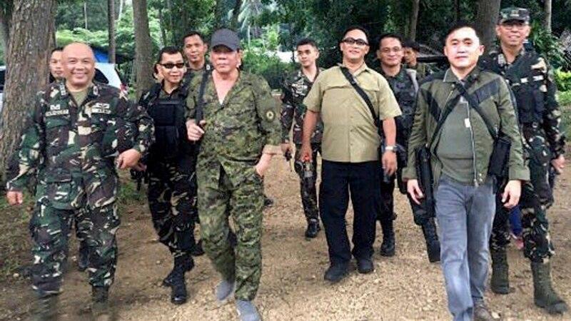 فلپائن: مارشل لا میں دسمبر تک توسیع کی درخواست