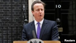 PM Inggris David Cameron mengecam pembunuhan seorang tentara Inggris oleh tersangka teroris di London tenggara (23/5).