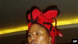 South African facilitation team member Lindiwe Zulu