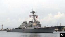2018年7月7日美艦通過台灣海峽資料照。