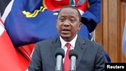 肯尼亚总统肯雅塔在内罗毕的一个记者会上讲话 (资料照片 2014年12月2日)