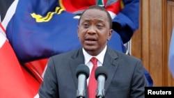د کینیا ولسمشر اوهورو کینیاتا د سې شنبې په ورځ وینا وکړه