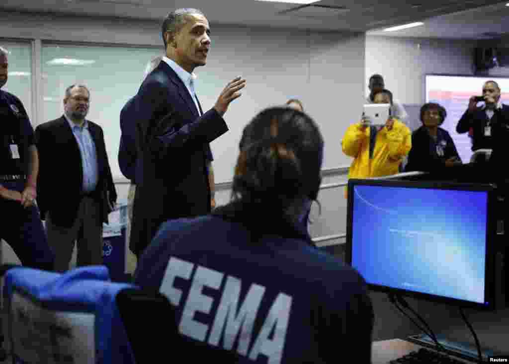 Президент Обама встретился с сотрудниками FEMA (Федеральное агентство по чрезвычайным ситуациям)