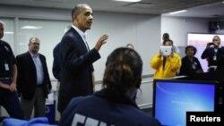 President Barack Obaman hojjettoota dhaaba gargaarsa yeroo hatattamaa kan Federaalaa FEMA waliin