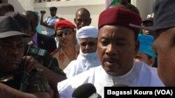 Mahamadou Issoufou, président sortant du Niger réelu