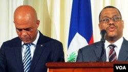El presidente Michel Martelly y el primer ministro Garry Conille, encabezan el gobierno de Haití.