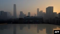 1月14日污染性雾霾笼罩下的北京中央商务区