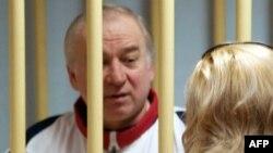 L'ancien colonel des services de renseignements russes Sergueï Skripal au tribunal militaire du district de Moscou, le 9 août 2006.