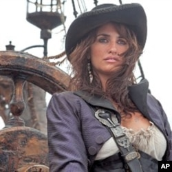 """Penelope Cruz as Angelica in """"Pirates of the Caribbean: On Stranger Tides"""""""