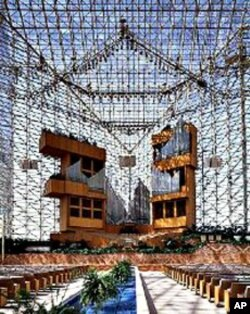 One of world's biggest evangelical mega-churches is the Crystal Cathedral in California. Pastor Robert Schuller's church has 10,000 members, including many overseas.