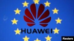 유럽연합(EU) 깃발에 위에 그려진 화웨이 로고. 일러스트레이션.