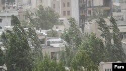 تهران توفان ۲