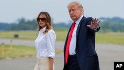 Президент США Дональд Трамп с супругой Меланией (архивное фото)