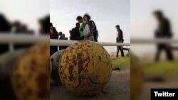 이라크 바그다드 남부의 한 축구장에서 26일 자살폭탄공격이 발생했다.