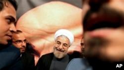 이란 대선 초기 개표 결과 선두를 달리고 있는 하산 로우하니 후보 (자료사진)