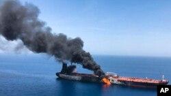 حمله روز پنجشنبه به دو نفتکش در دریای عمان