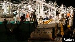 지난 9월 일본 도쿄 북부 항구의 고기잡이 어선들. (자료사진)