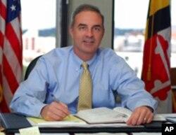 马里兰州巴尔的摩郡检察官斯科特•谢伦伯格