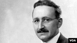 Fridrix Auqust von Hayek (1889-1992), Avstriya İqtisadi Məktəbinin banisi, azad bazar prinsiplərinin ən qüdrətli intellektual müdafiəçilərindən biri olub.