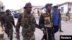 Fuerzas de seguridad de Belice allanaron la casa del fundador de la empresa antivirus McAfee, que se ha retirado en ese país.