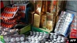 Việt Nam truy tố 15 người điều hành đường dây sản xuất thuốc giả