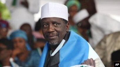 Shugaba Goodluck Jonathan Da Ahmadu Adamu Mu'azu Sun Karbi