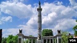 بنای یادبود ایالات مؤتلف در شهر ریچموند ویرجینیا