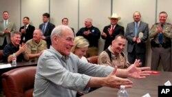 El Secretario de Seguridad Nacional John Kelly en la sede regional del Departamento de Seguridad Pública de Texas en Weslaco, Texas.
