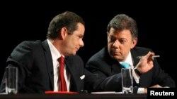 German Vargas Lleras (izq) renunció como Ministro de Vivienda para liderar la campaña reeleccionista de Juan Manuel Santos en Colombia.
