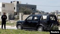 1일 팔레스타인 가자지구 북부에서 라미 함달라 총리를 겨냥한 폭탄 공격이 발생했다. 총리 일행이 탔던 차량이 폭발로 파손됐다.