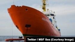 L'organisation Médecins sans frontières (MSF) a lancé jeudi un appel aux gouvernements du monde pour que le navire humanitaire Aquarius obtienne un pavillon après la décision du Panama de lui retirer son immatriculation, 27 septembre 2018. (Twitter/MSF Se