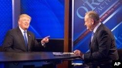 Donald Tramp i Bil O'Rajli za vreme snimanja intervjua