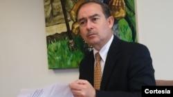 El embajador de Honduras Jorge Milla Reyes se reunió con el director para Asuntos del Hemisferio Occidental del Consejo Nacional de Seguridad de EE.UU., Ricardo Zúñiga.
