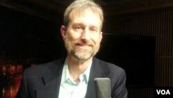 Dr.Mark Eakin saayintistii Noaa